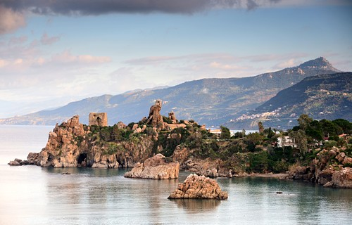 Sea coast, landscape, rocks, view from Rocca di Cefalu to the east, Cefalu, north coast, Sicily, Italy