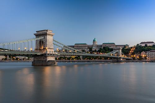 Die Kettenbrücke in Budapest, Ungarn