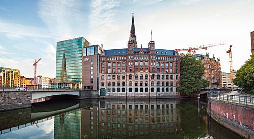 Der Laeiszhof und die Trostbrücke, Hamburg, Deutschland