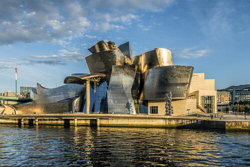 Guggenheim Museum vom Architekten Frank Gehry, Bilbao, Baskenland, Spanien (nur redaktionelle Nutzung)