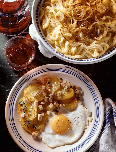 Cheese Spaetzles & Hash Brown Potatoes with fried Egg
