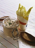 Chicory with a low-calorie dip