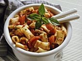 Pasta stew with tomatoes