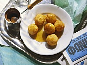 Yeast Balls with Honey