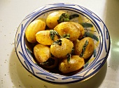 Patate al marsala (roast potatoes with Marsala), Italy