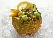 Exotisch gefüllte Honigmelone
