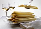 Boiled white asparagus