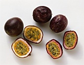 Ripe & unripe Passion Fruits
