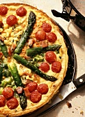 Vegetable quiche with green asparagus