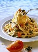 Spaghetti alla mazzarese (spaghetti with tuna sauce, Italy)
