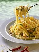 Spaghetti aglio, olio, peperoncino (spicy spaghetti dish)