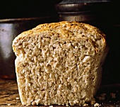 Bread with wheat flakes