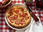 Pizza alla salsiccia (pepperoni pizza, Italy)