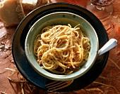 Spaghetti alla carbonara (spaghetti with bacon & egg, Italy)