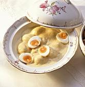 Eggs in mustard sauce