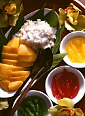 Mango with Glutinous Rice & Tapioca Flour Rolls