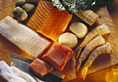 Salmon fillet; turbot fillet; scampi; shellfish