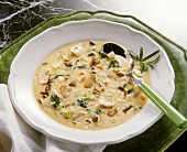 Mushroom Cream Soup with Vegetables