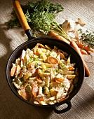 Kartoffelpfanne mit Möhren & Sahnesauce