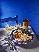 Appetiser plate (tzatziki, marinated pepper strips etc)