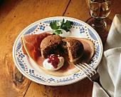 Pumpernickel pudding with Westphalian ham