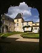 Courtyard of sweet wine Chateau Suduiraut, Sauternes, Bordeaux