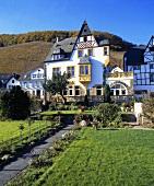Moselschild wine estate, foot of the Würzgarten, Ürzig, Mosel