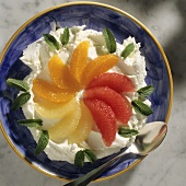 Orange & grapefruit slices on cottage cheese