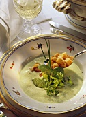 Spinach and Chervil Cream Soup with Croutons