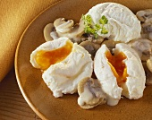 Poached Eggs on Mushroom Sauce