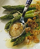 Green asparagus with hazel nut butter