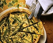 Green asparagus quiche with pine nuts (Italy)