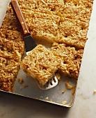 Apfel-Butter-Kuchen mit Mandelstiften vom Blech