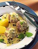 Königsberger meatballs