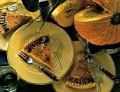 Pumpkin Pie - Kürbiskuchen mit gehobelten Parmesanstreifen