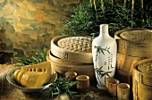 Verschiedene Bambusdämpfer, Gefäße für Reiswein & Reisschale