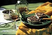 Crostini con crema di olive (toasted bread with olive paste)