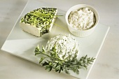 Herb cream cheese, chive & cream cheese ring & cottage cheese