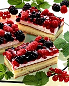 Berry slices (with mixed berries)