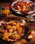 Bratkartoffel mit Ei & Salami; Paprika-Salami-Salat