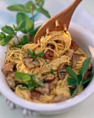 Spaghetti alla toscana (spaghetti with mushrooms & mint)