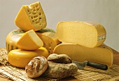 Assorted Cheese with Bread