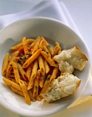 Penne al pomodoro (Nudeln mit Tomatensauce, Italien)