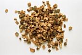 Oak bark, chopped (Cortex quercus)