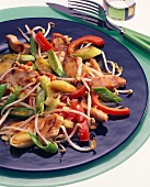 Turkey, Chinese style (with leeks, sprouts, pepper)