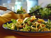 Tagliatelle asparagi e salmone (pasta with asparagus & salmon)