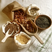 Various pulses in bowls and bags