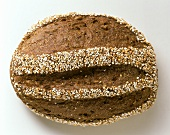 Wholemeal bread with coarsely-ground grain