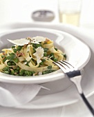 Tagliatelle alla contadina (Ribbon pasta with peas & bacon)