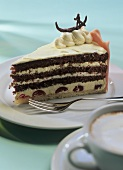 Venetian torte (almond meringue gateau with cherries)